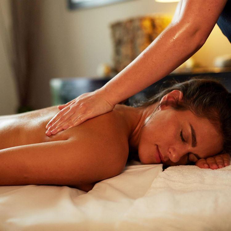 Wellness-Treatments und Massagen bei Aspria Berlin am Ku'damm