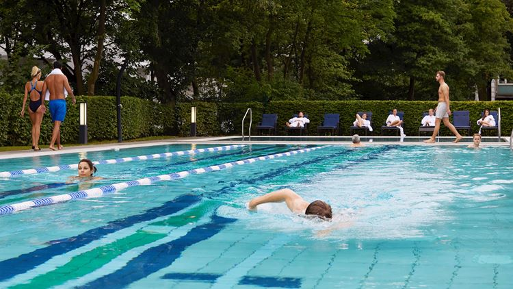 Aspria Hamburg Uhlenhorst Outdoor-Pool