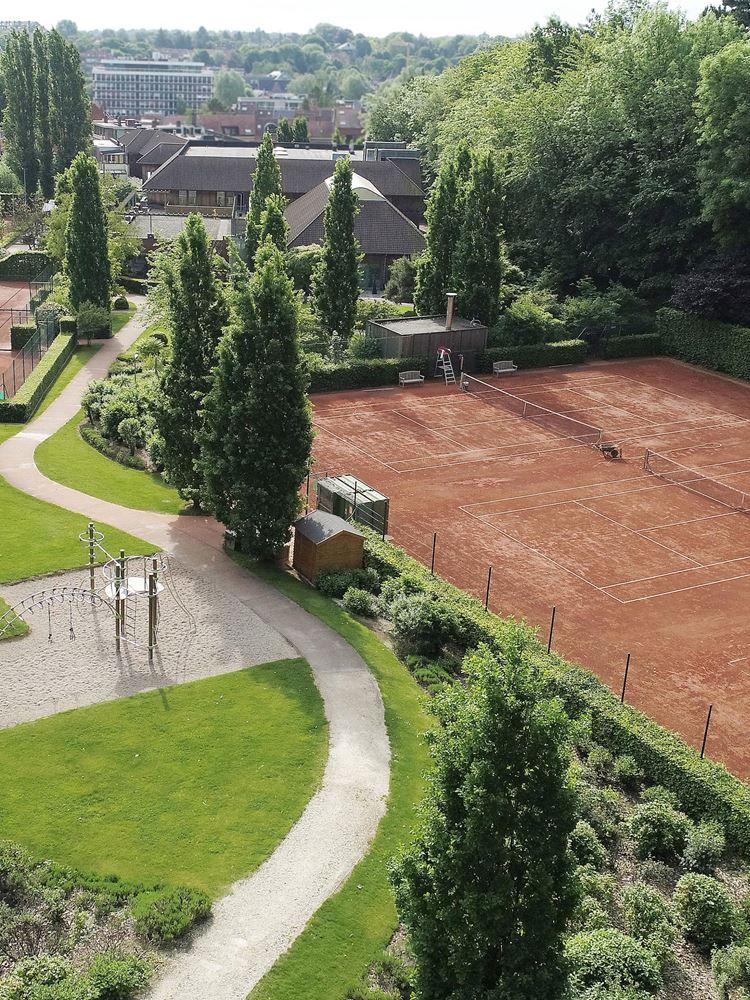 Tennis Courts et Fitness à l'Aspria Royal La Rasante, Bruxelles