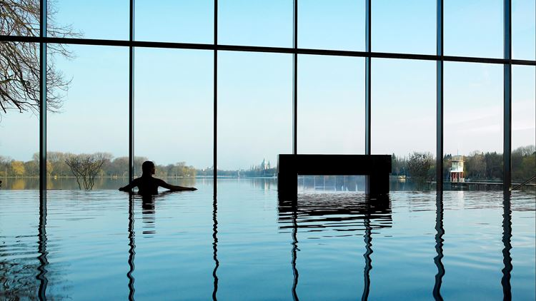 Infinity Pool at Aspria Hannover Maschsee
