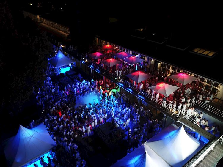 White Night Party bei Aspria Hannover Maschsee