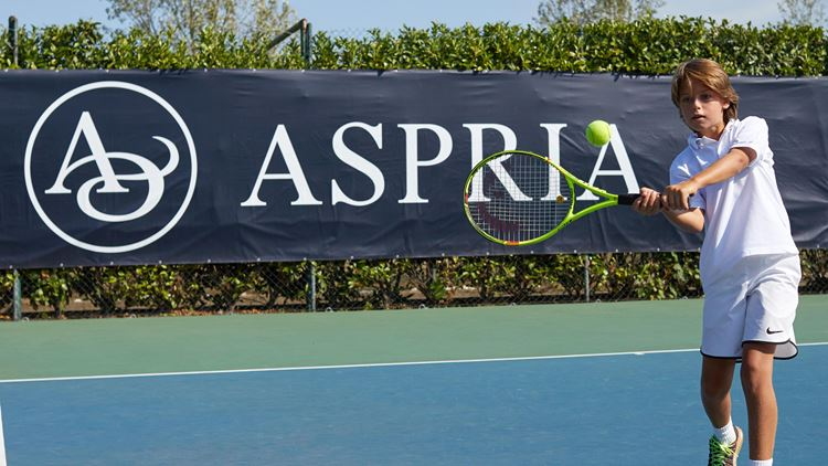 Aspria Hamburg Tennis classes for children and teenager