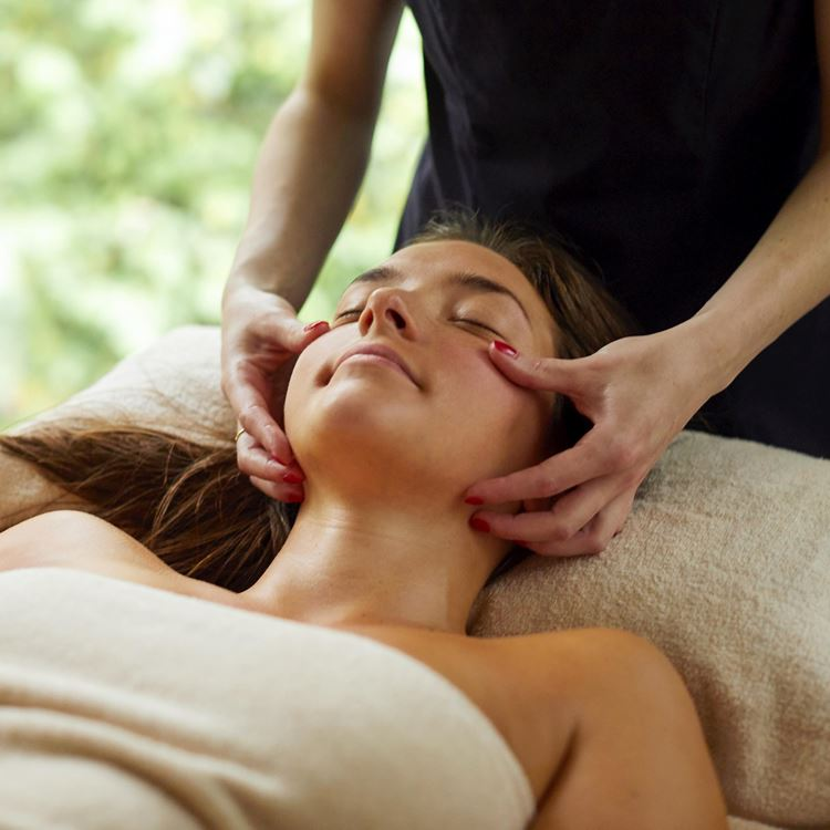 Spa and Wellness Treatment at Royal La Rasante in Brussels