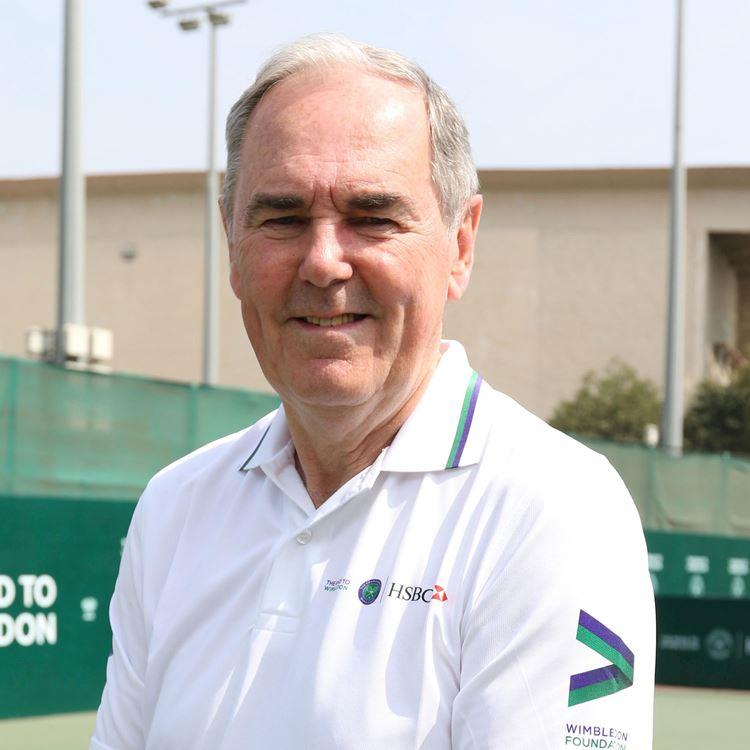 Tennis Academy: MBE Paul Hutchins à l'Aspria Royal La Rasante