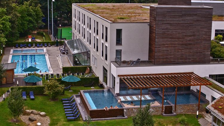 Aspria Hamburg Uhlenhorst Fitness und Spa Pool